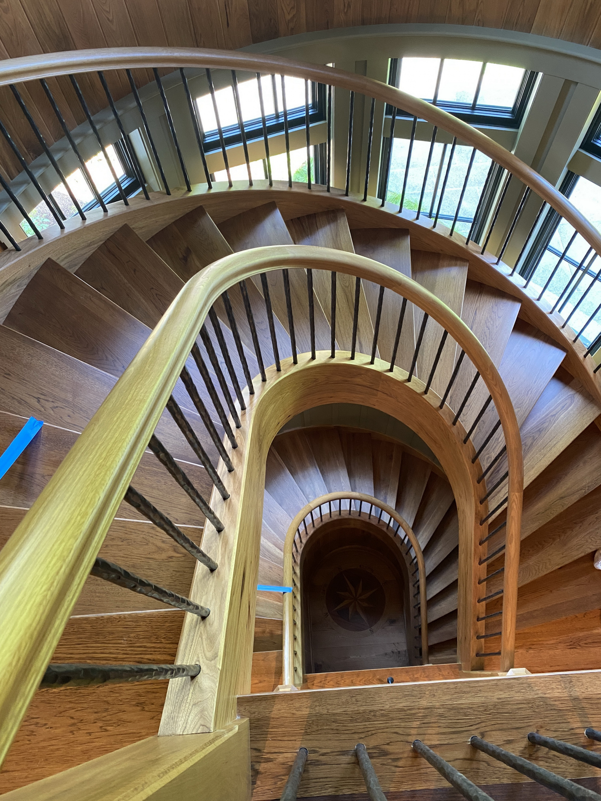 21 - Best Curved Stairway-Traditional