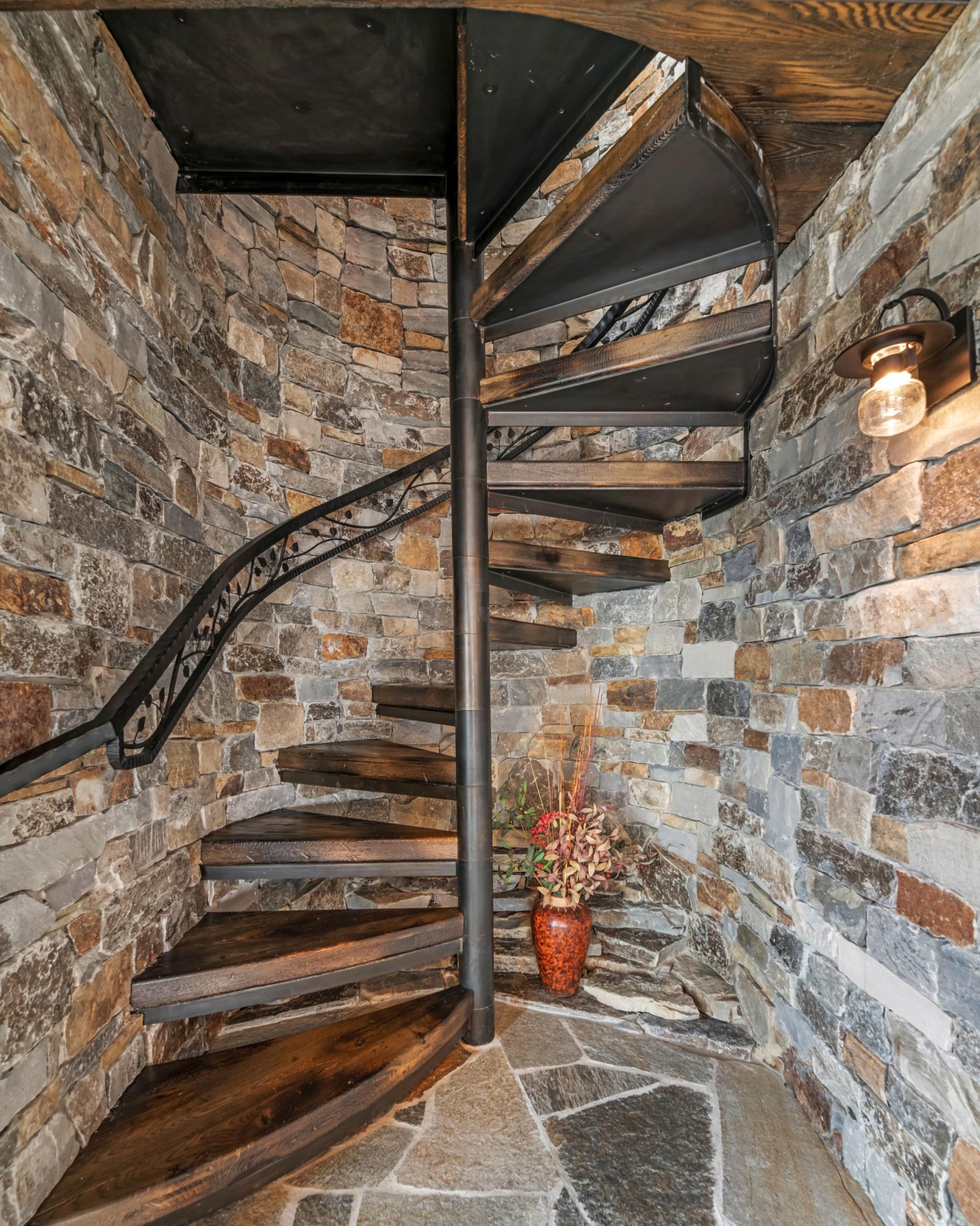 29 - Best Spiral Stairway